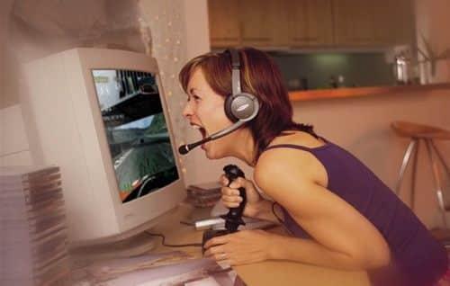 video-gaming-girl