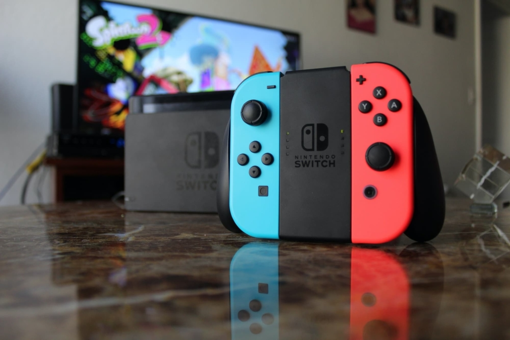 Nintendo Switch Joy-Con grip Promo Picture