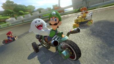 Mario Kart 8 Gameplay Scene 4