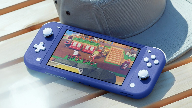 Nintendo Switch Lite Blue Scene 1