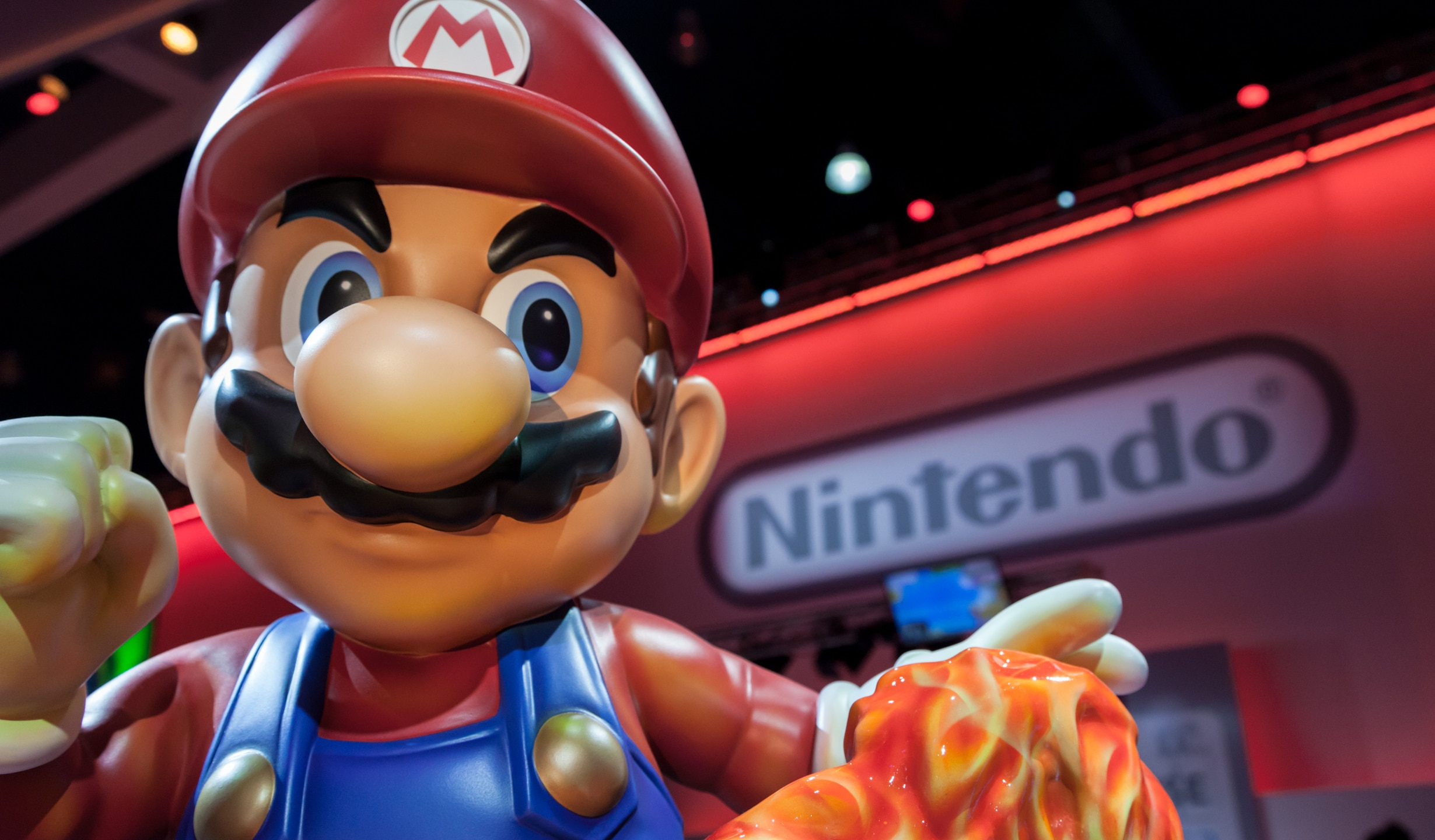 Nintendo Mario Stand